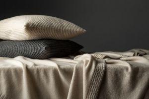 Kashmir plaid Christian Fischbacher 100% kashmir wol beige