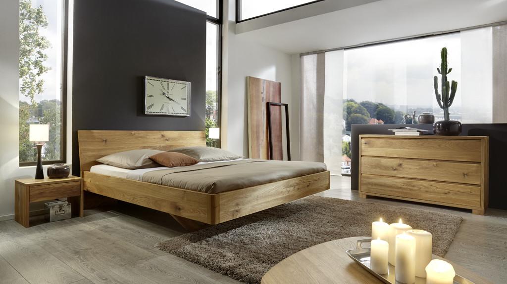 Massief houten meubels blijven mooi met natuurlijke meubelolie
